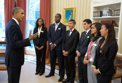 As the Boys & Girls Club Pacific Region Youth of the Year winner, Dana Hills High School graduate Yossymar Rojas (fourth from the right) and other Youth of the Year winners met with President Barack Obama in the Oval Office in September. Courtesy photo