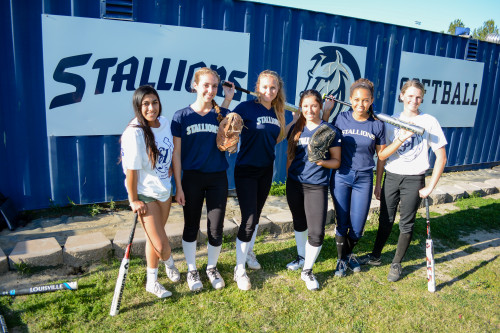 The San Juan Hills High School softball team will field a young, but talented, group of full of freshmen and sophomores in 2015. Photo: KDahlgren Photography