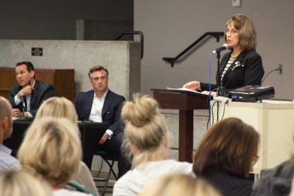 State Sen. Patricia Bates recently discussed the merits of her bill to give cities and counties the authority to regulate sober living residences at a town hall meeting in Ladera Ranch on April 11. Her bill failed to move past the Senate Health Committee on Wednesday. Photo: Allison Jarrell