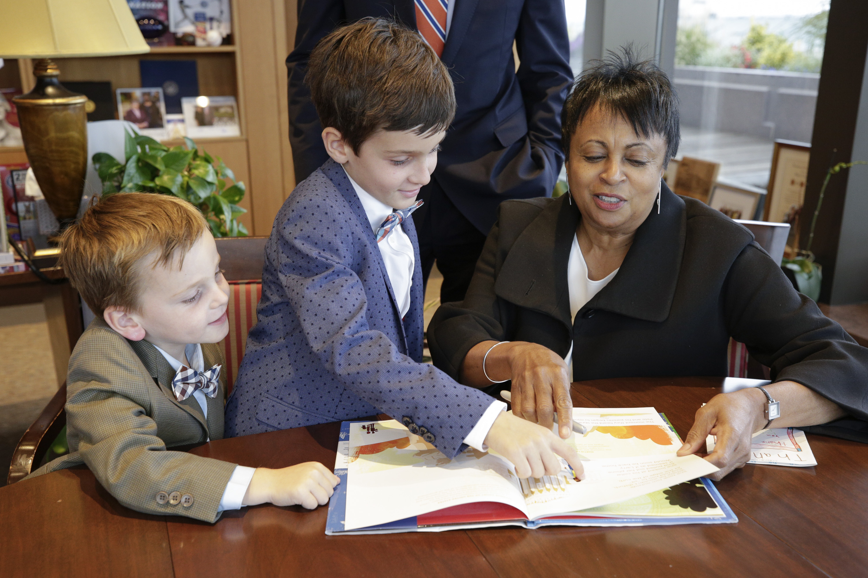 Adam Coffey, 8, from San Clemente, California, meets with Librarian of Congress Carla Hayden, October 11, 2017. Photo by Shawn Miller.