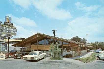 The Walnut Grove Restaurant opened in 1946 along Highway 101. In 1960, the popular diner moved to a larger location (pictured) next to the Mission. Photo: Courtesy of the Orange County Archives
