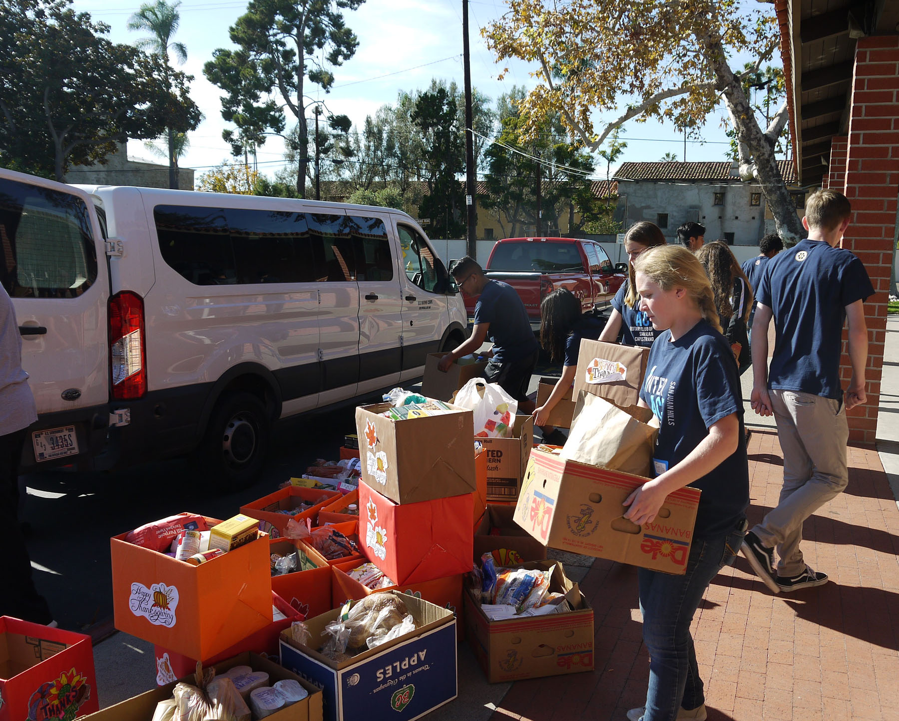 Over 100 Thanksgiving dinners for local and Marine Corps families were distributed. Photo: John Caldwell