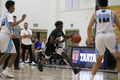 : Saddleback Valley Christian's Justin Davis is one of a few freshmen that will help a very young Warriors basketball team this season. Photo: Zach Cavanagh