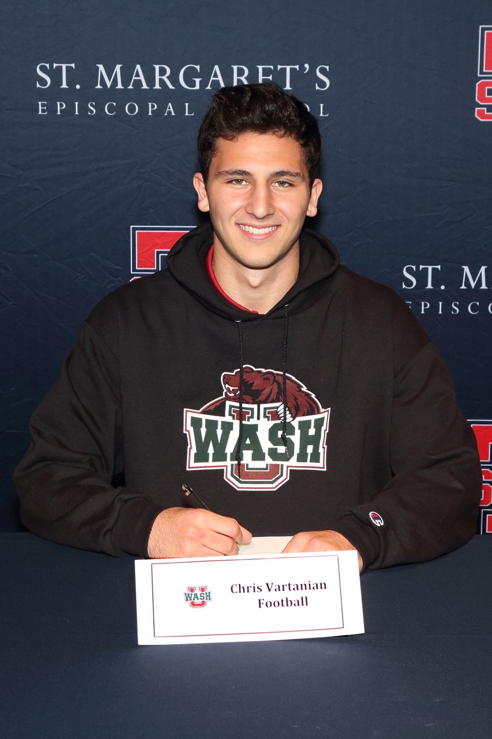 STMargarets_Chris_Vartanian_Washington_U_SL_Football2