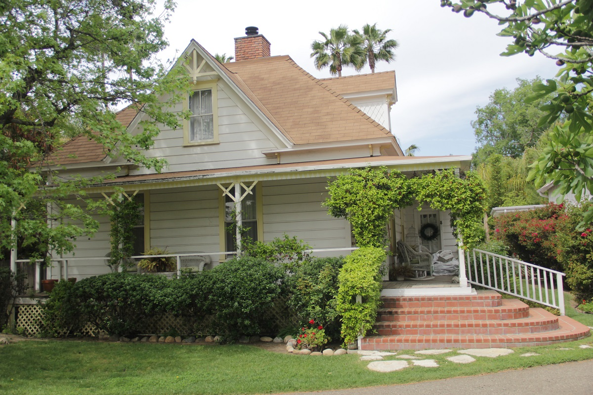 Listed on the city of San Juan Capistrano's Inventory of Historic and Cultural Landmarks, the Hankey-Rowse Cottage was built in 1883 and currently sits on Via Cristal off of Ortega Highway. Photo: Shawn Raymundo