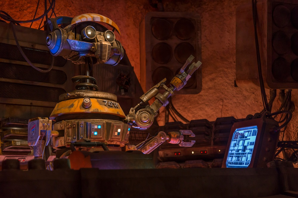 """When guests visit Star Wars: Galaxy's Edge at Disneyland Park in Anaheim, California, and at Disney's Hollywood Studios in Lake Buena Vista, Florida, they'll be able to enjoy Oga's Cantina – a local watering hole to unwind, conduct business and maybe even encounter a friend or a foe. Patrons of the cantina come from across the galaxy to sample the famous concoctions created with exotic ingredients using """"otherworldly"""" methods, served in unique vessels, with choices for guests of all ages. (Joshua Sudock/Disney Parks)"""
