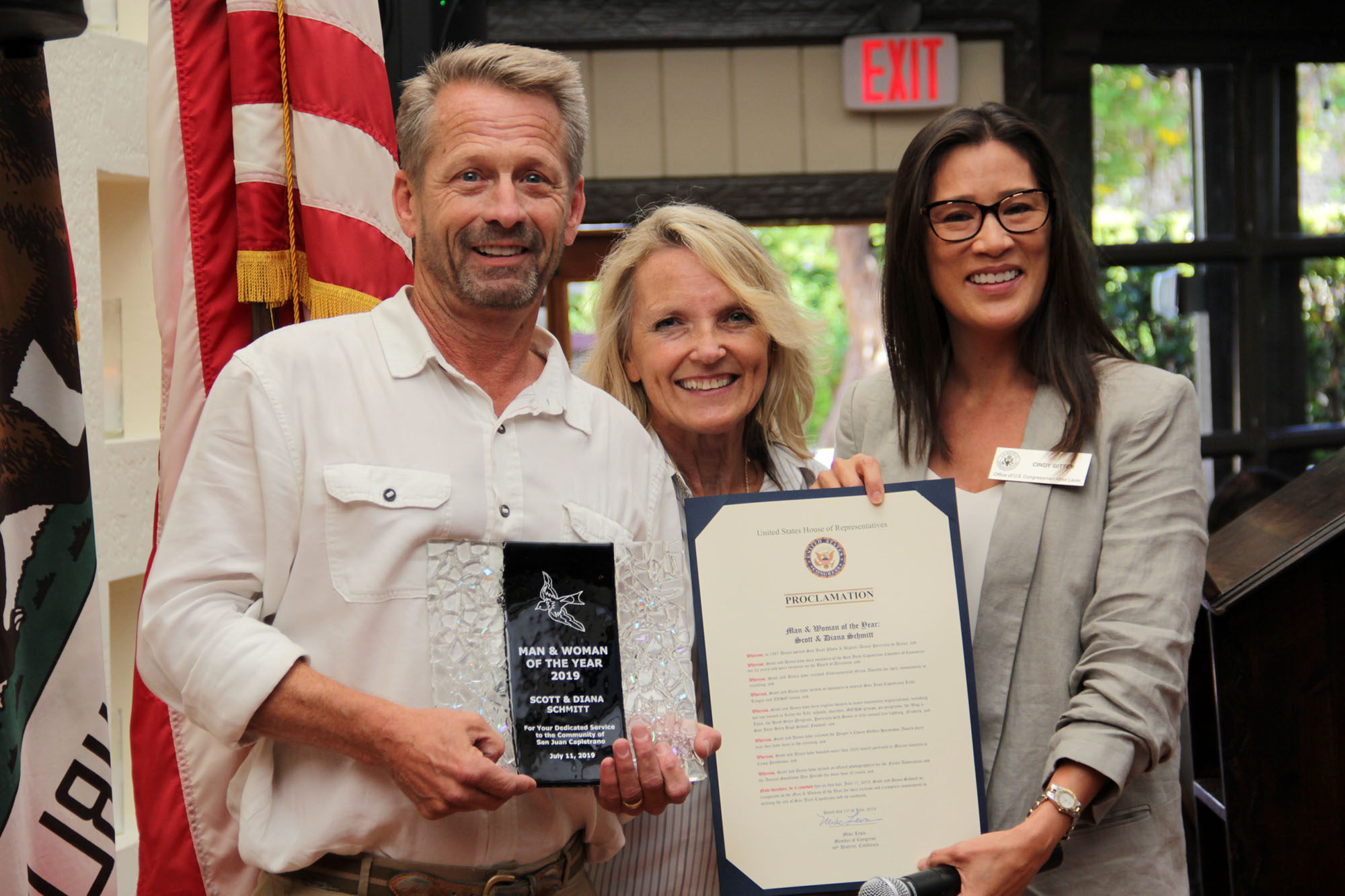 Scott and Diana Schmitt receive the San Juan Capistrano Chamber of Commerce's Man and Woman of the Year Award to Scott and Diana Schmitt during the Annual Installation and Awards Banquet on Thursday, July 11. Photo Shawn Raymundo
